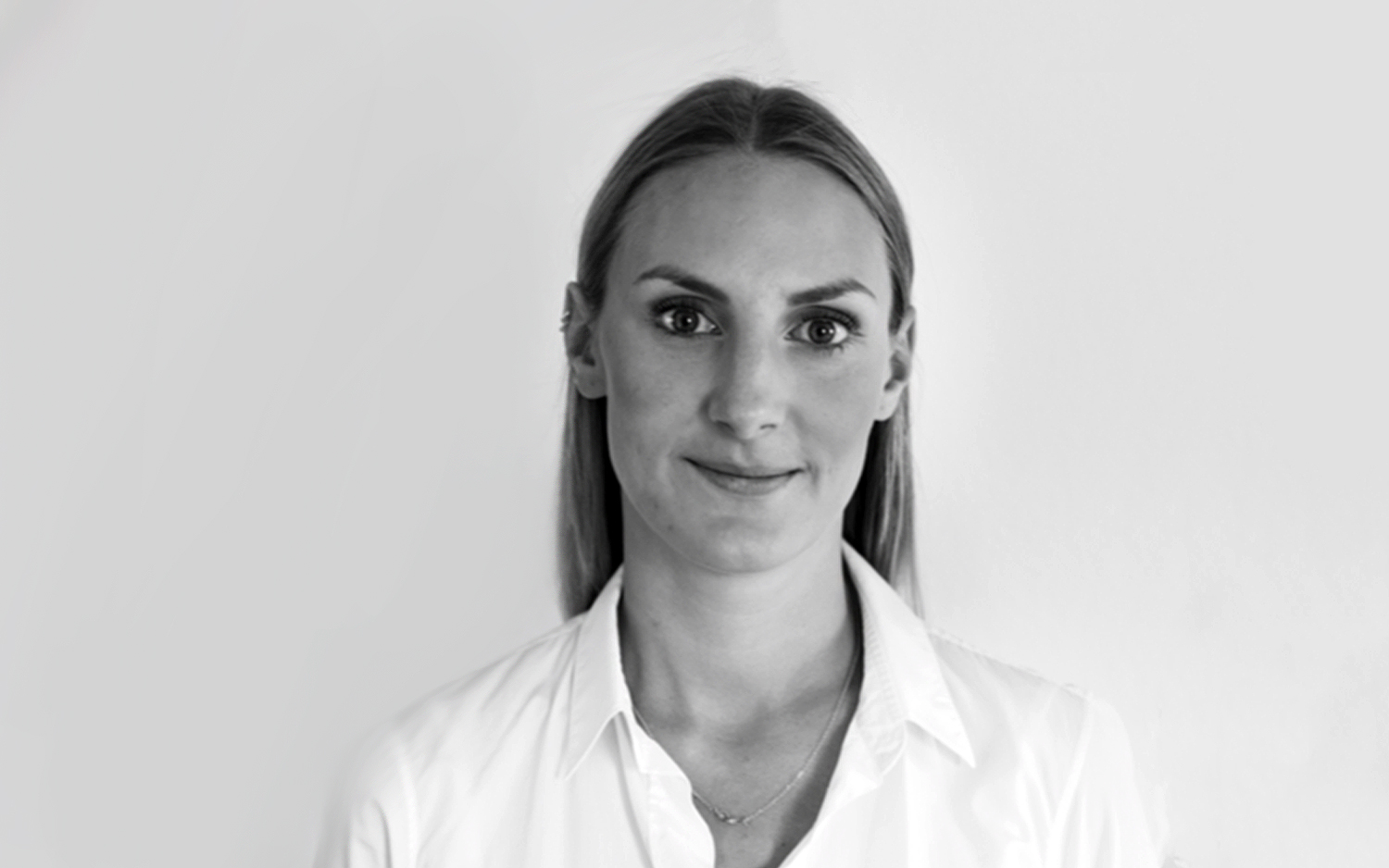 Antonia Werner, curating and consulting at red onion